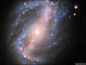 galaxia espiralada NGC 6217